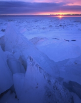 Hank Erdmann 432-03 Lake Michigan Winter Ice Sunrise V x1000