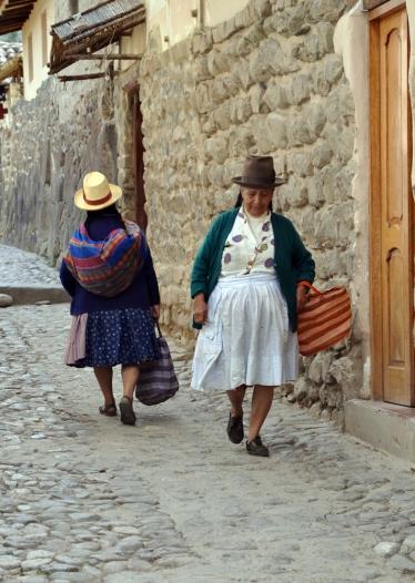 villagers+of+Ollantaytambo